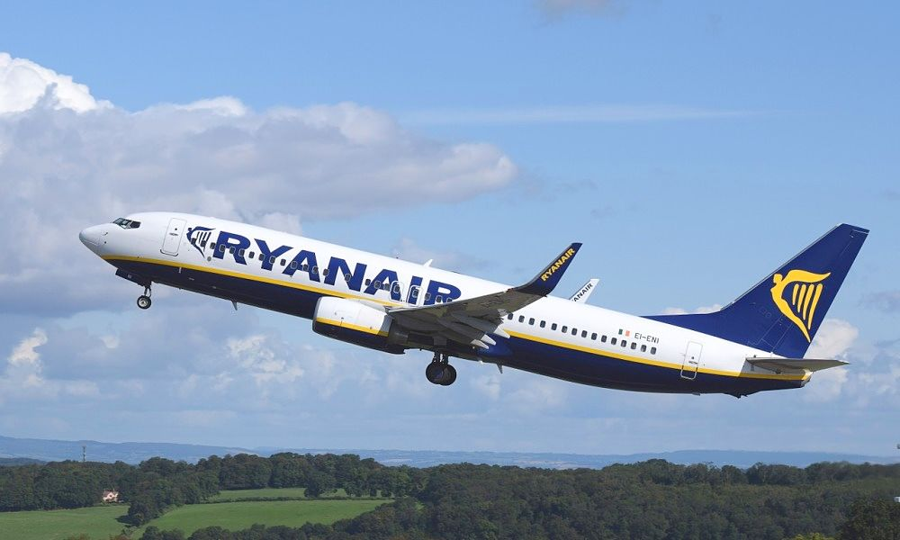 France grounds Ryanair plane with 149 on board