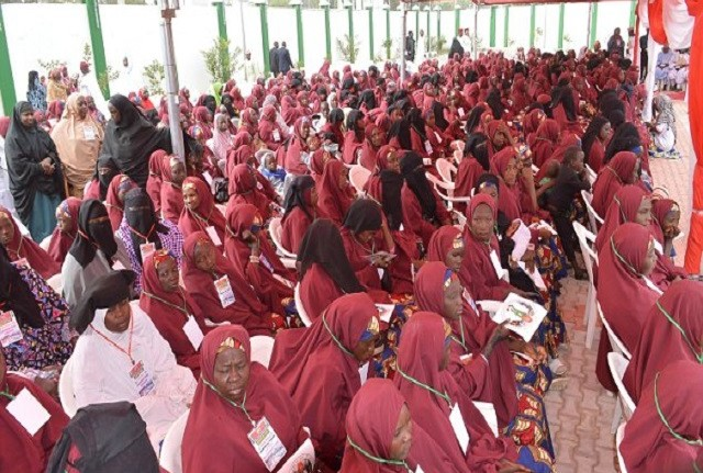 •Persons being screened for mass wedding in Kano as govt. set to wed another 1,500 couples