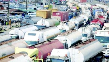 •Traffic gridlock on Oshodi-Apapa Expressway, Lagos