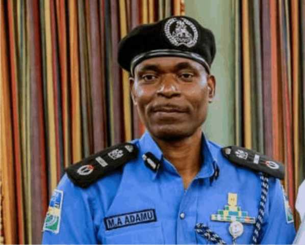 FG recruits 500,000 volunteers for community policing •State