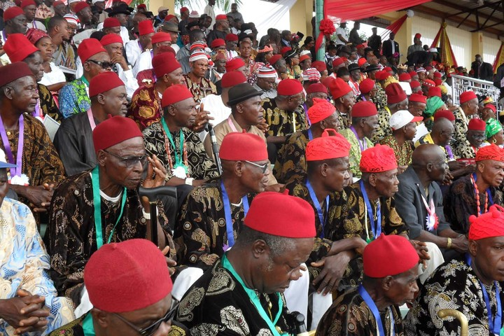 •A cross section of red cap chiefs