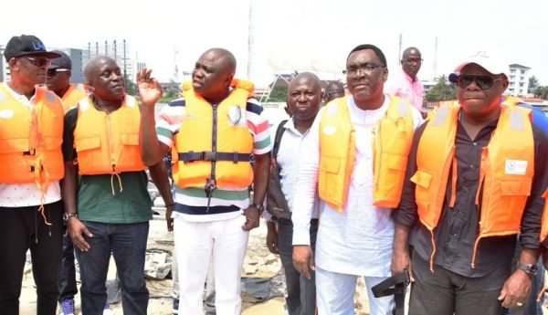 •Governor Ambode and other top government officials at Caverton Jetty . . . on Sunday