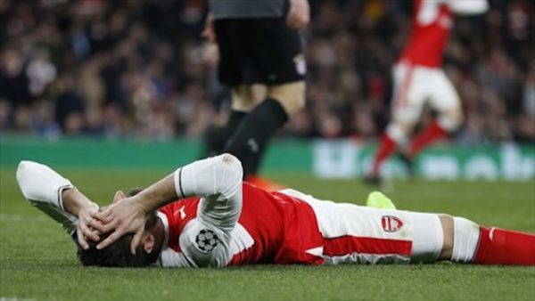•Arsenal forward Olivier Giroud flat on the field at Emirates after Bayern humiliation.