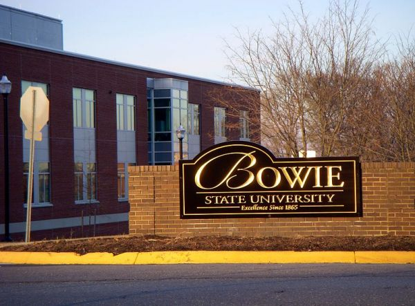 *Front gate of Bowie State University, State of Maryland, USA
