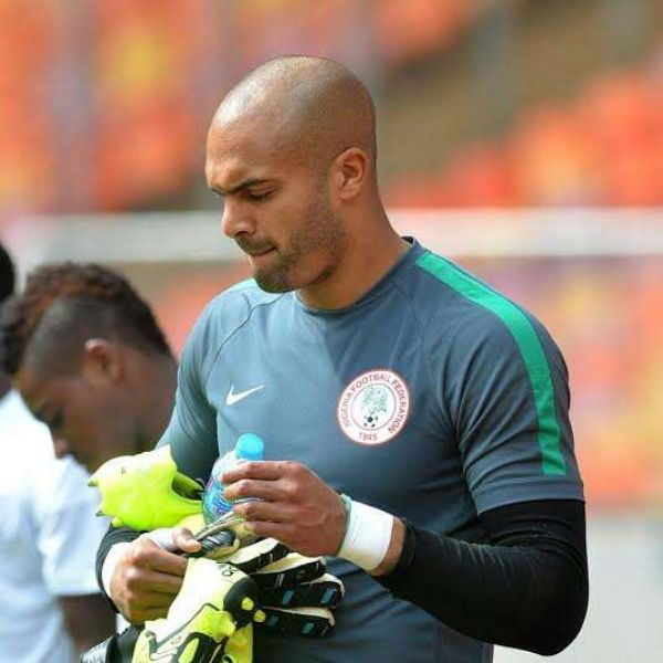 •Injured Super Eagles' goalkeeper Carl Ikeme.