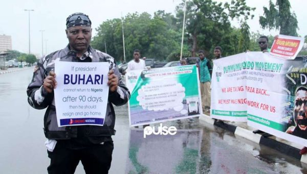 •Charly Boy leading an anti-Buhari protest in Abuja