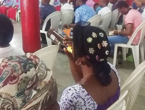 Inside the Nigerian 'church' where worshippers are served alcohol during service