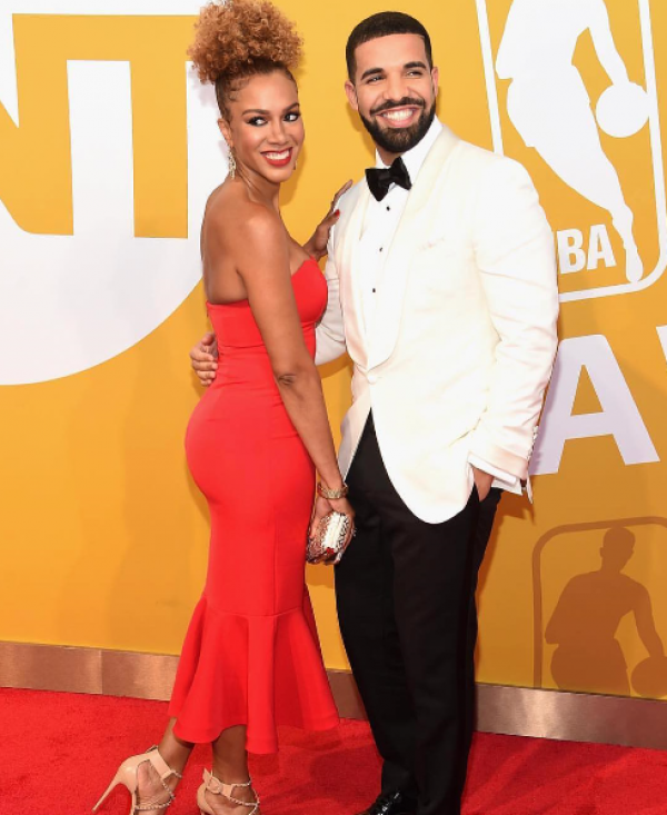 Drake shows off Nigerian girlfriend at award ceremony
