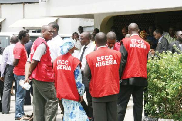 EFCC clamps down on outgoing governors