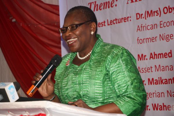 •Dr. Oby Ezekwesili delivering her paper at the Realnews 5fth Anniversary Lecture