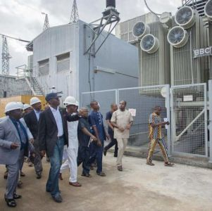 •Fashola at the Afam Power Plant in Rivers State.