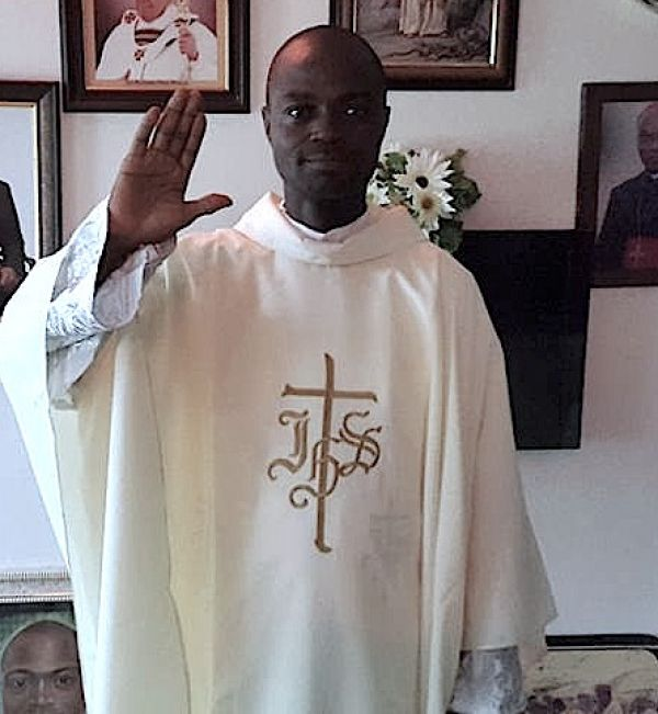 Kidnappers demand N10m to release Catholic priest