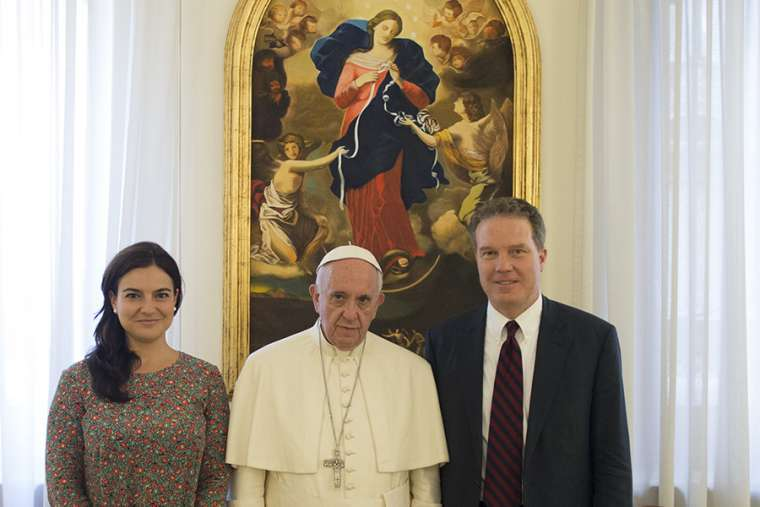 •Greg Burke, right and Paloma Garcia Ovejero with Pope Francis