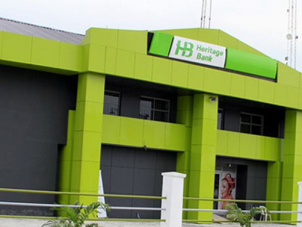 Heritage Bank sacks 400 staff
