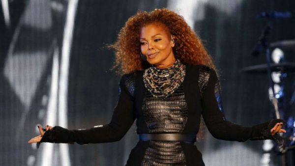 Janet Jackson weeps for hurricane victims