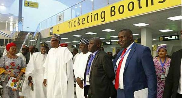 •President Buhari and Gov. Ambode at the inauguration of Ikeja Bus Terminal, Lagos, on Thursday