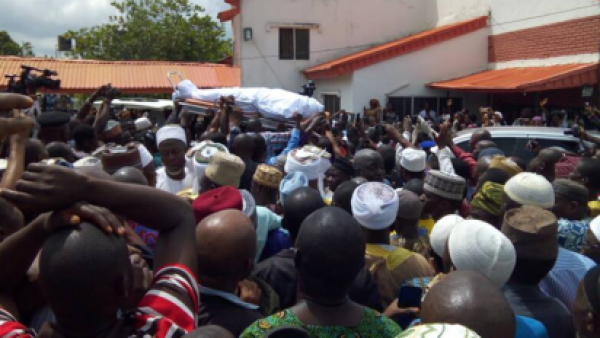 •Senator Isiaka Adeleke's body being conveyed for burial.
