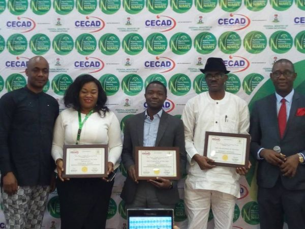 •L-R: Emma Okonji, Bayero Agabi and Remmy Nweke of ITRealms Online during the ceremony.