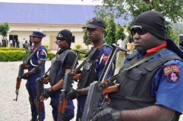 •Armed NSCDC operatives