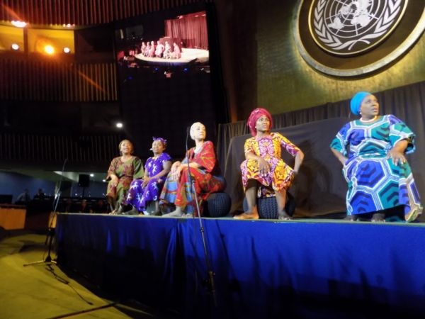 •Nigerian actresses performing at the UN Headquarters in New York on Sunday night. Photo: NAN.