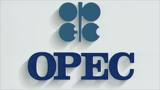 OPEC considers two scenarios to adjust oil production