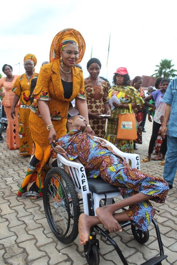 Obiano's wife presents 80 wheel chairs to the physically challenged - News  Express Nigeria