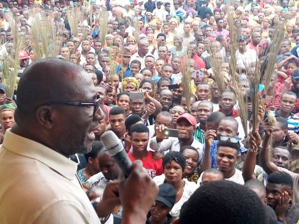 •Bro. Obuah addressing the PDP rally in Emohua on Sunday