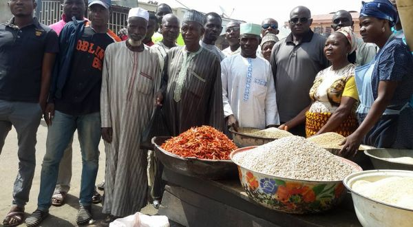Ramadan: Church shares food to Muslims in Kaduna