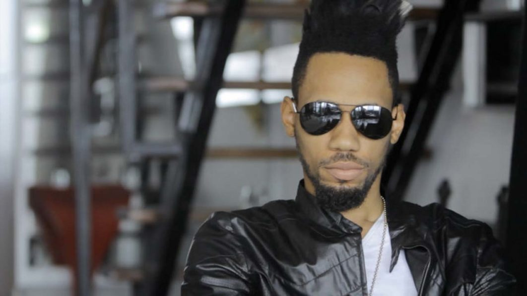Phyno strokes the hearts of beautiful girls