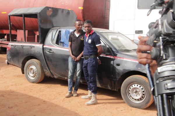 •The suspects, NSCDC officers Agah Ovie and Angel Kilosomewo.