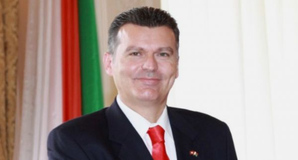 •Swiss Ambassador to Nigeria, Eric Mayoraz