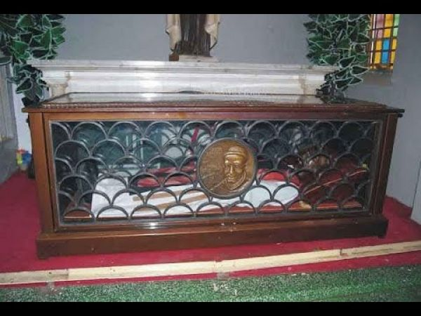 •Tomb of Blessed Iwene Tansi