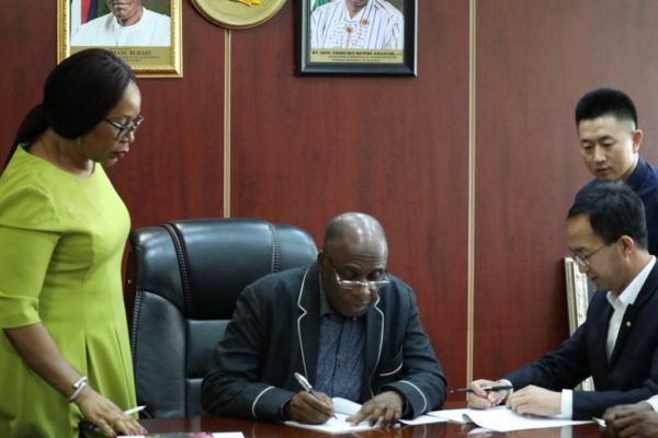 •Transportation minister, Rotimi Amaechi signs railway contract