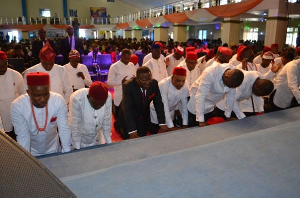 Umahi to churches: Help spread love, not hate