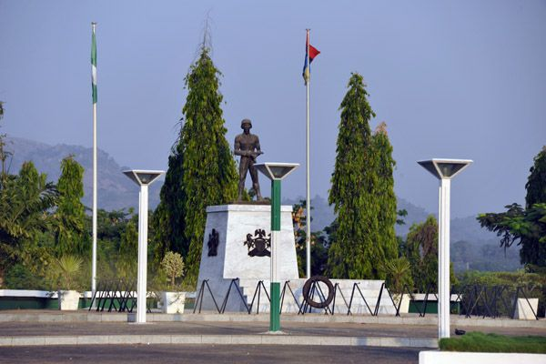 •Unknown soldiers monument, Abuja.