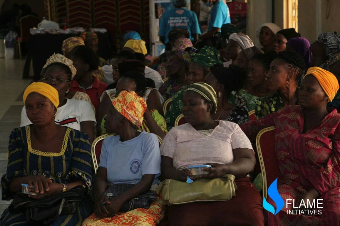 •Cross section of widows at the event
