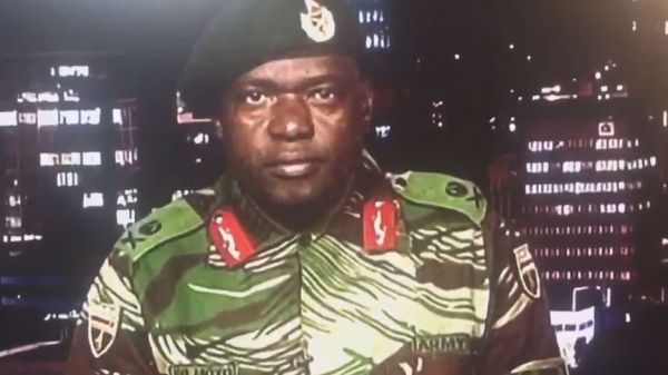 •Maj Gen Sibusiso Moyo reading statement on Zimbabwe's national TV.