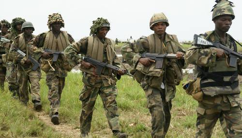 •Nigerian soldiers in the offensive