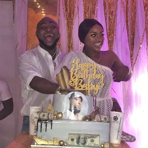 •Chioma catches Davido