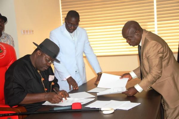 Dickson signs Bayelsa education bills into law; appoints Prof. Isoun head