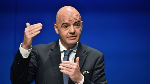 FIFA proposes staging new mini-World Cup every two years