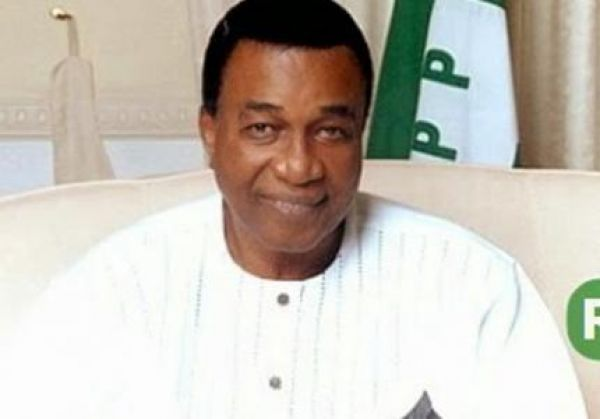 Nwobodo hails Ugwuanyi for uniting Enugu political leaders